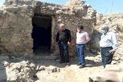 بررسی مشکلات قلعه تاریخی روستای نهضت آباد کهگیلویه